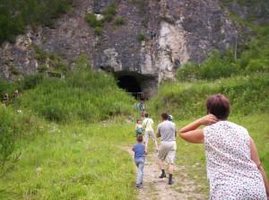 Turist_den-peschera